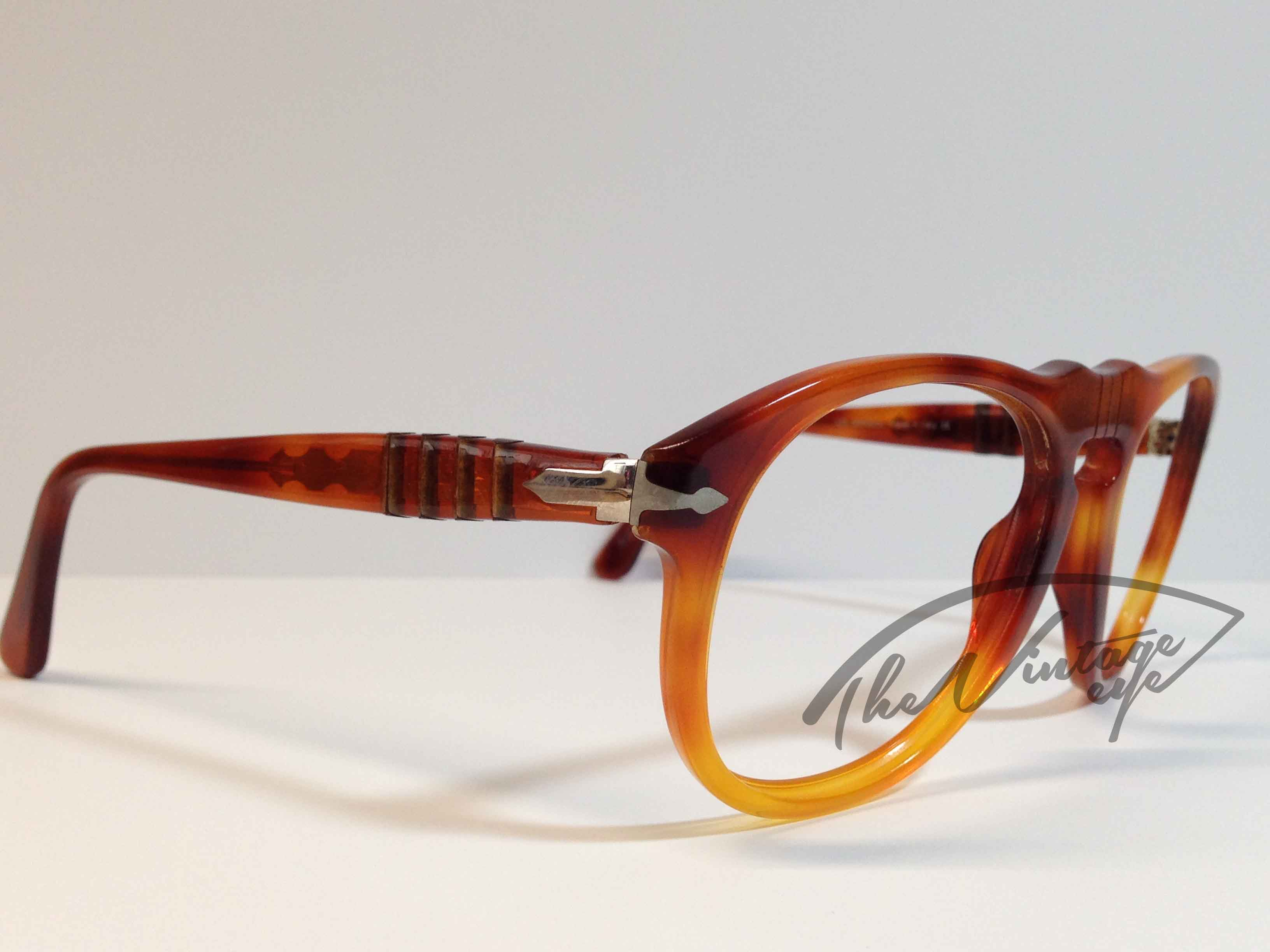 Persol 649 (Small size) - The Vintage Eye