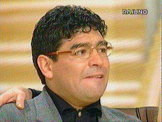 Diego-Maradona-Cartier-lentes-vintage-mexico-the-vintage-eye